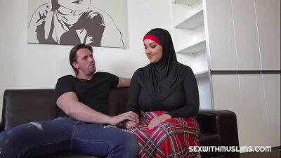 السكس العربى – Hot muslim cuckold fuck