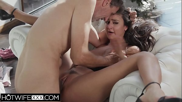 Hot daughter Eliza Ibarra gets christmas fuck from dad